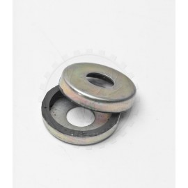 Set of two seals for needlebearing in rear swing arm